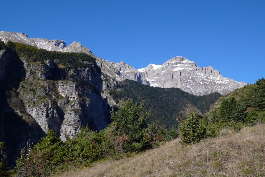 randonnée géologie Dévoluy découverte sentier Clapucine accompagnateur montagne nature
