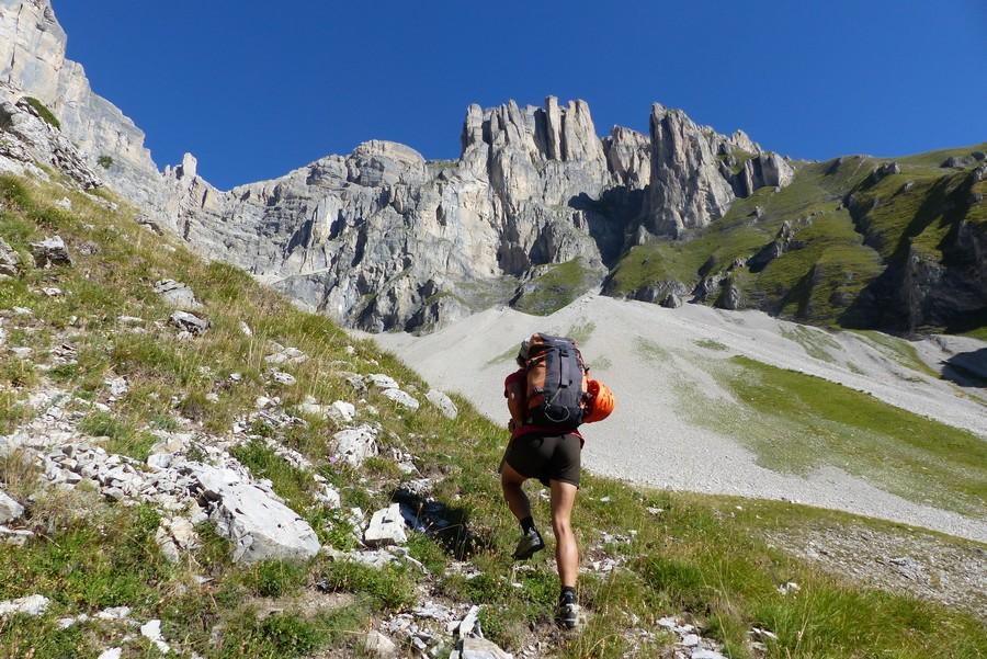 randonnée vertige Obiou Dévoluy accompagnateur Fuvelle montagne nature
