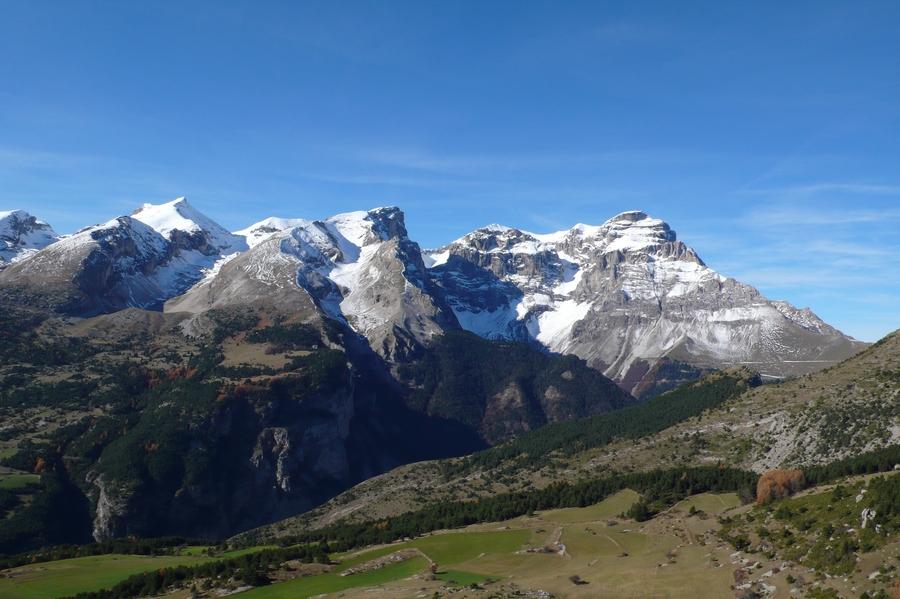 randonnée accompagnateur Dévoluy Superdévoluy vacances été montagne nature