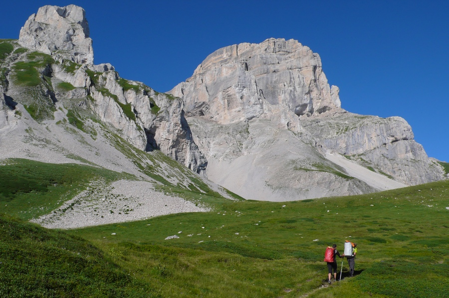 randonnée Dévoluy Obiou accompagnateur montagne nature