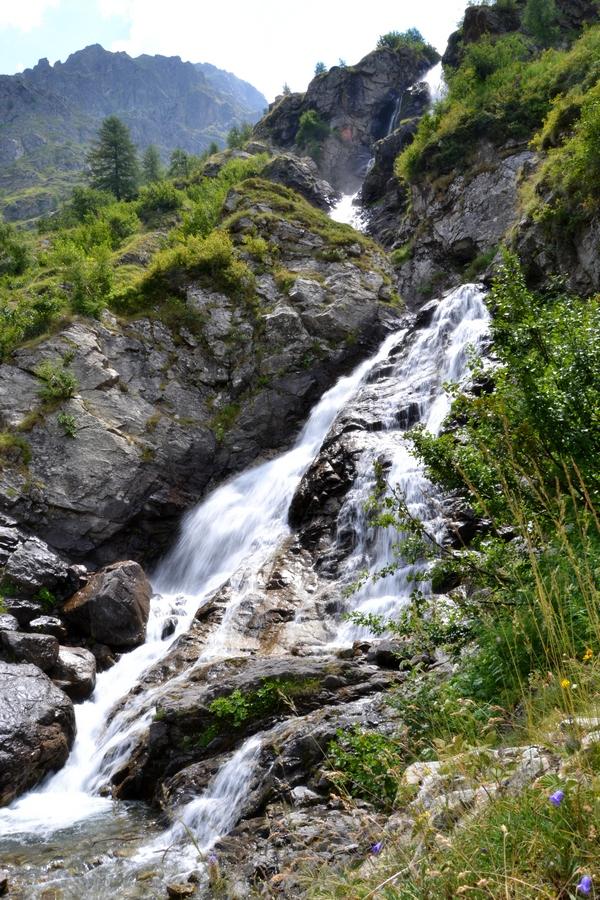 randonnée Champsaur Champoléon Ecrins cascade de Prelles accompagnateur montagne nature