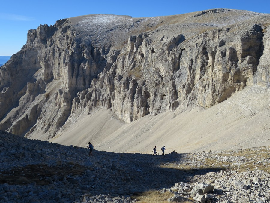 randonnée Dévoluy Pic de Bure accompagnateur montagne nature